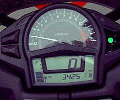 RPM revving up dr 3500 ke 9000 tanpa jeda tenaga dan putus...