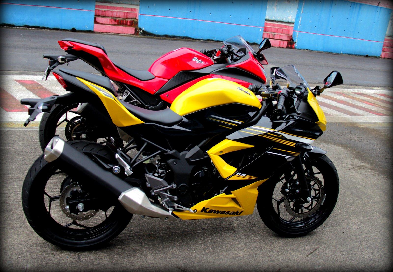 Test Ride Kawasaki Ninja 250 RR Mono @Sentul Circuit   7Leopold7