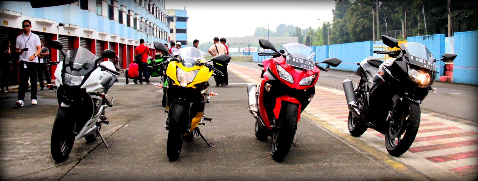 Test Ride Kawasaki Ninja 250 RR Mono Sentul Circuit