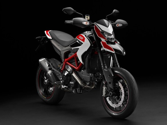 2014-Ducati-Hypermotard-SP3