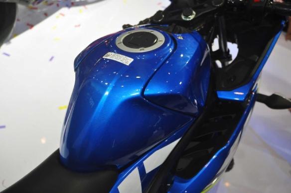 suzuki-gsx-r150-5