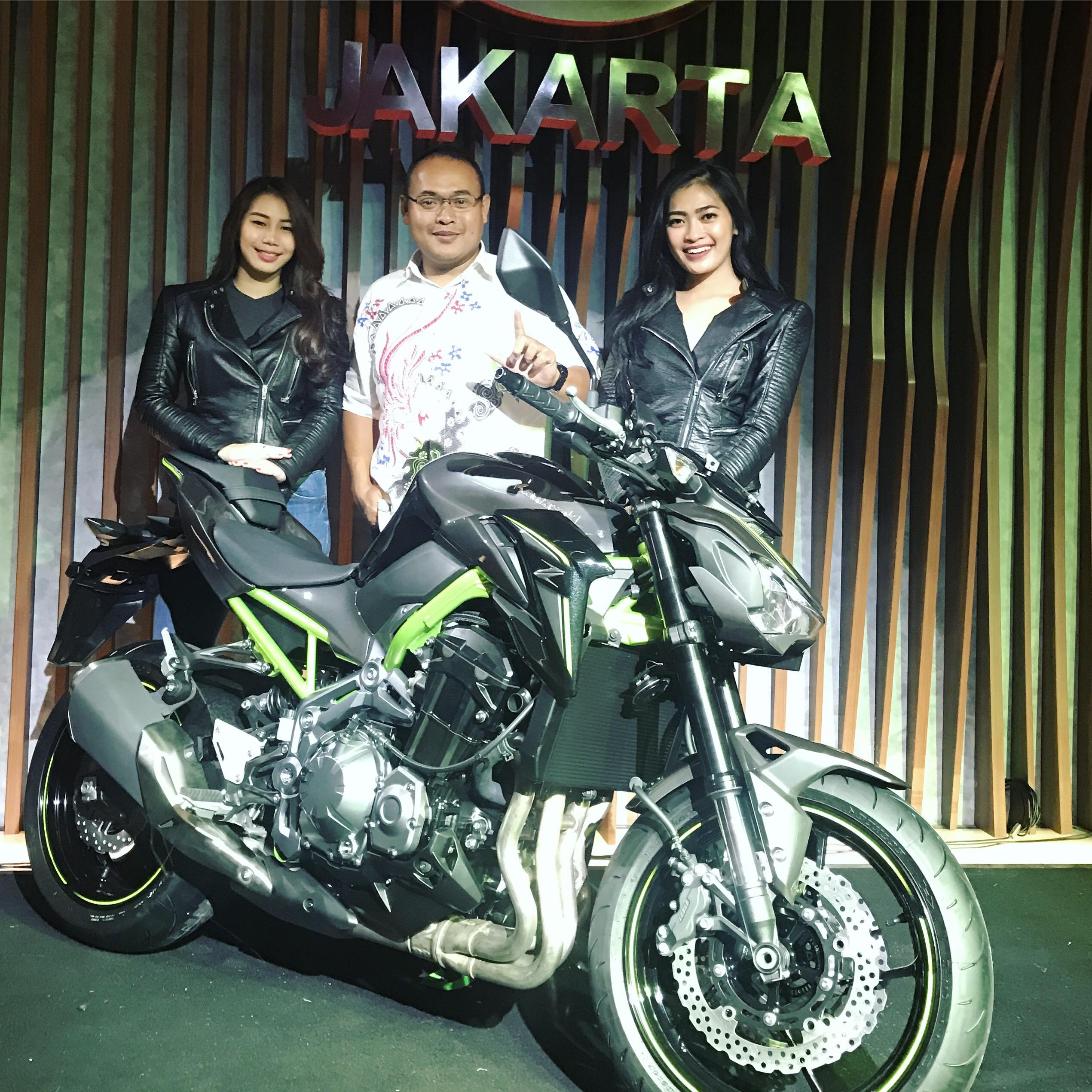 Kawasaki Z900 4 Silinder 948cc Senilai 225 Juta Si Perusak Harga