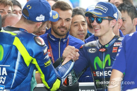 motogp-argentinian-gp-2017-second-place-valentino-rossi-yamaha-factory-racing-race-winner
